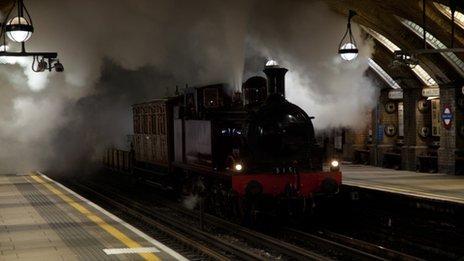 BBC News - Tube 150th anniversary: Steam train takes commemorative journey
